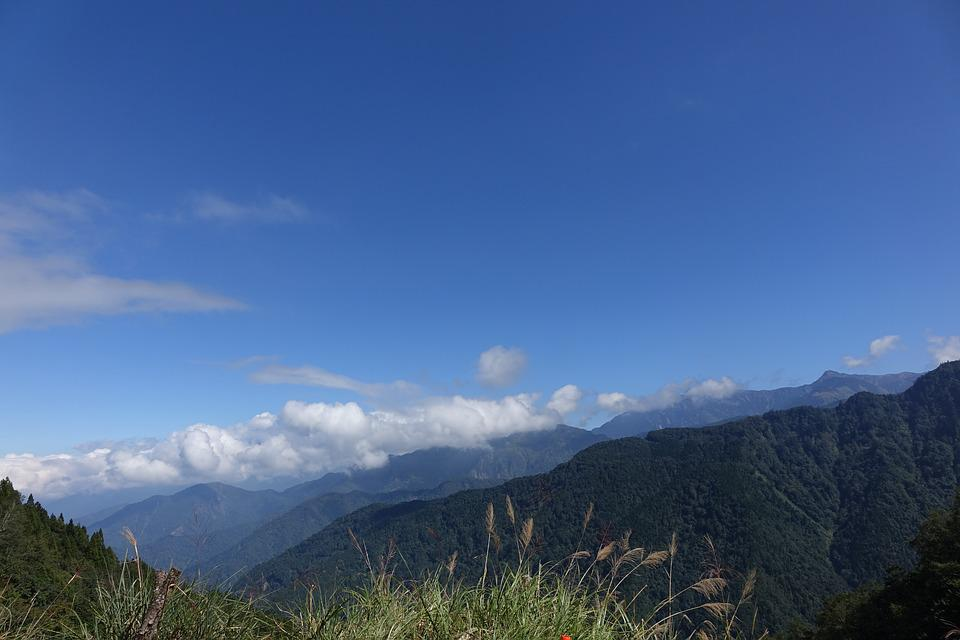 Blue Day, The Mountains, Baiyun