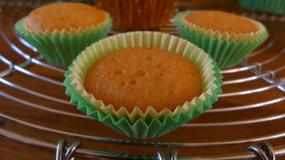 Cake, Baker, Cupcake, Sweet, Delicious, Bake, Baking