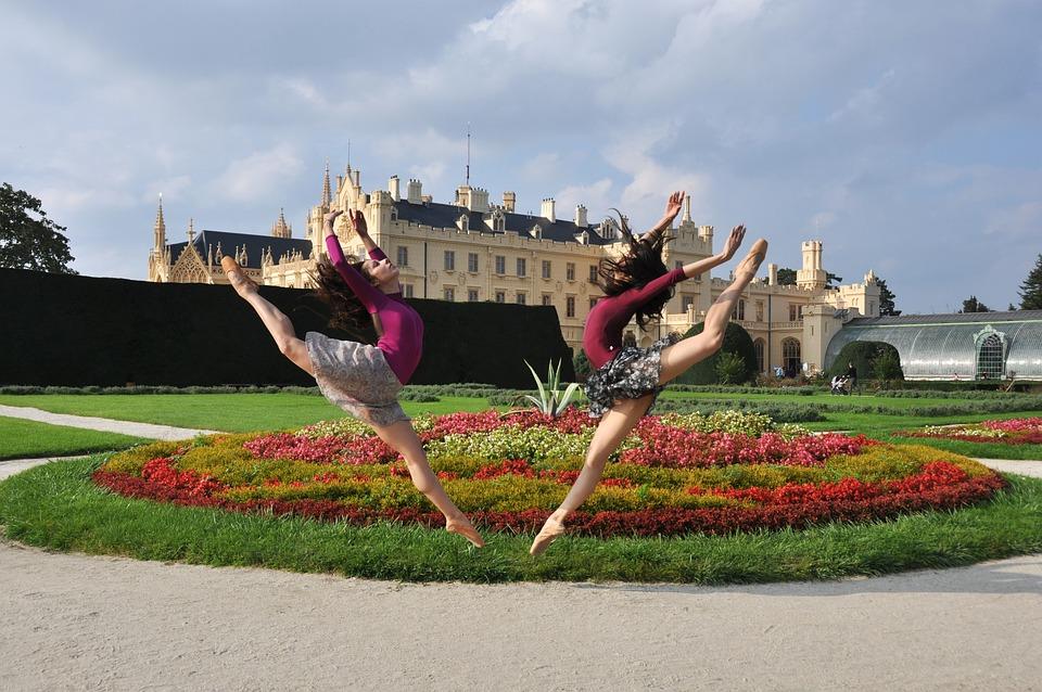 Jump, Ballerina, Lednice