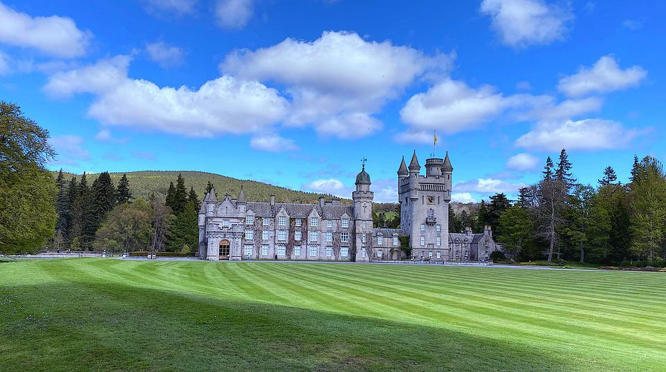 Balmoral, Castle, Field, Mountains, Architecture