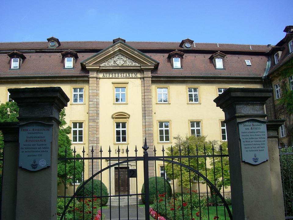 Aufseesianum, Bamberg, Boarding School Since 1738