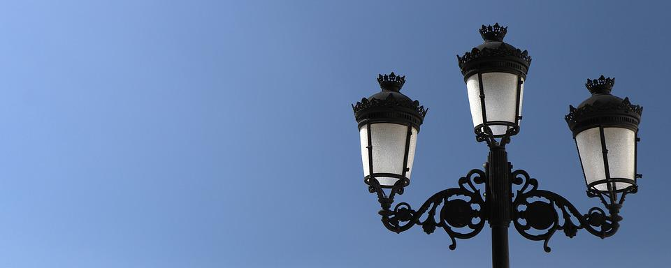Banner, Street Lamp, Sky, Lamppost, Streetlight
