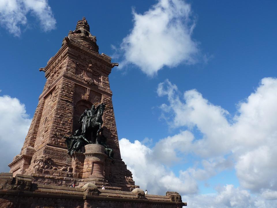 Monument, Cyrillic, Barbarossa