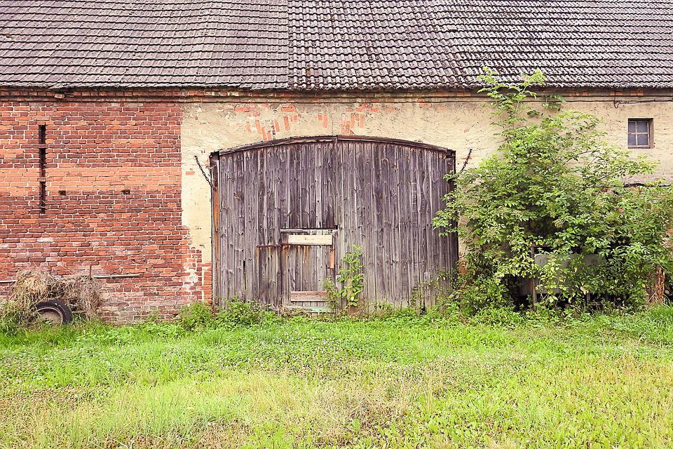 Barn, Goal, Barn Door, Facade, Old, Leave, Architecture