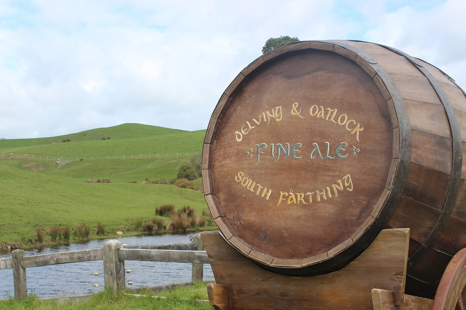 Hobbiton, Ale, Hobbit, Nz, Barrel, Countryside, Grass