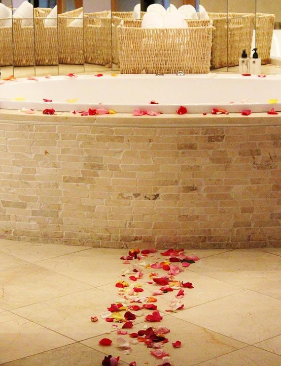 Honeymoon, Marriage, Bathroom, Decoration, Rose Petals