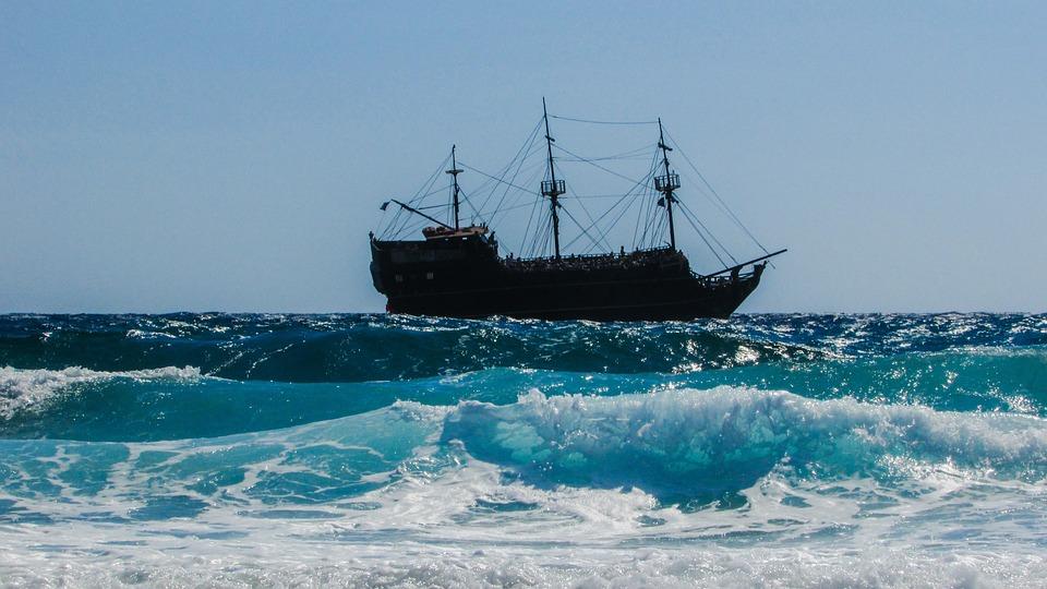 Pirate Ship, Battleship, Wave, Smashing, Sea, Heavy Sea