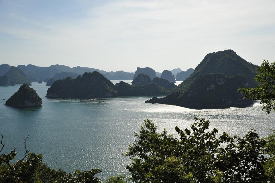 Ha Long, Bay, Viet Nam
