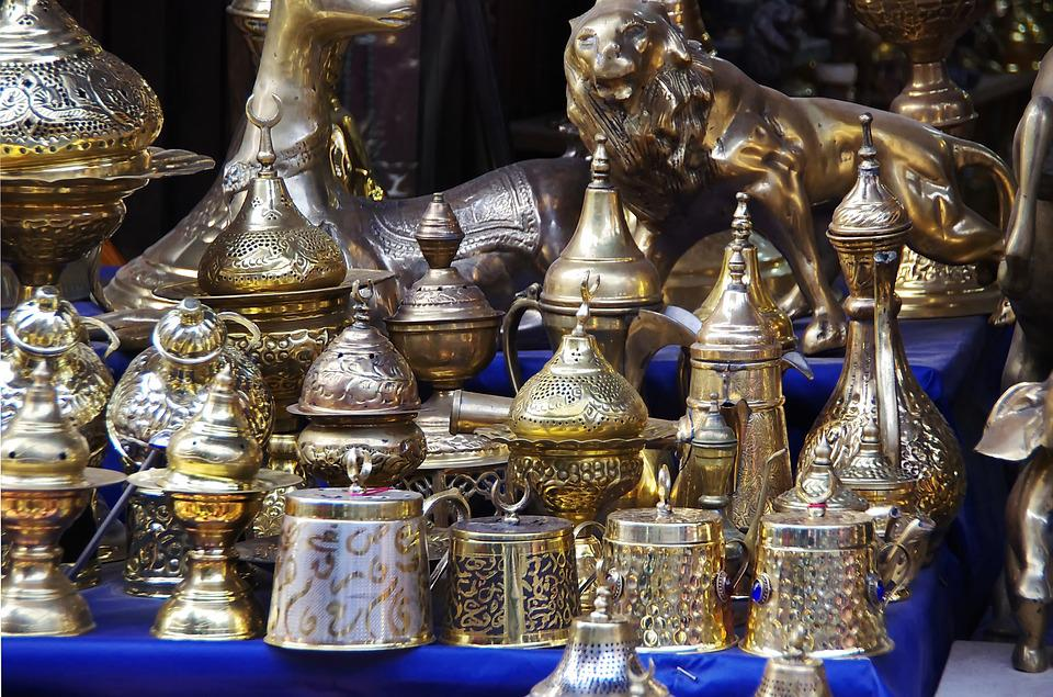 Egypt, Cairo, Khan El Kalili, Bazaar, Containers