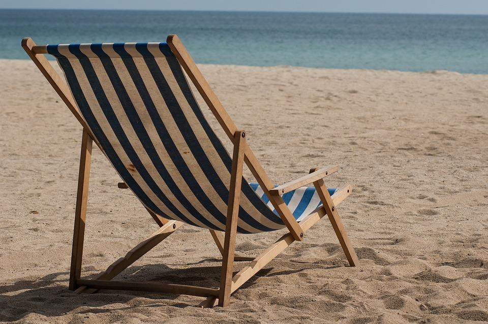 Etonnant Beach, Beach Chair, Sand