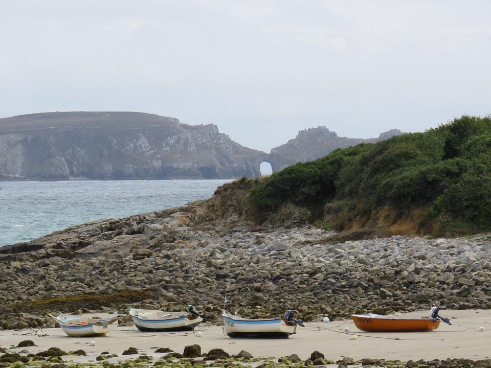 Boat, Beach