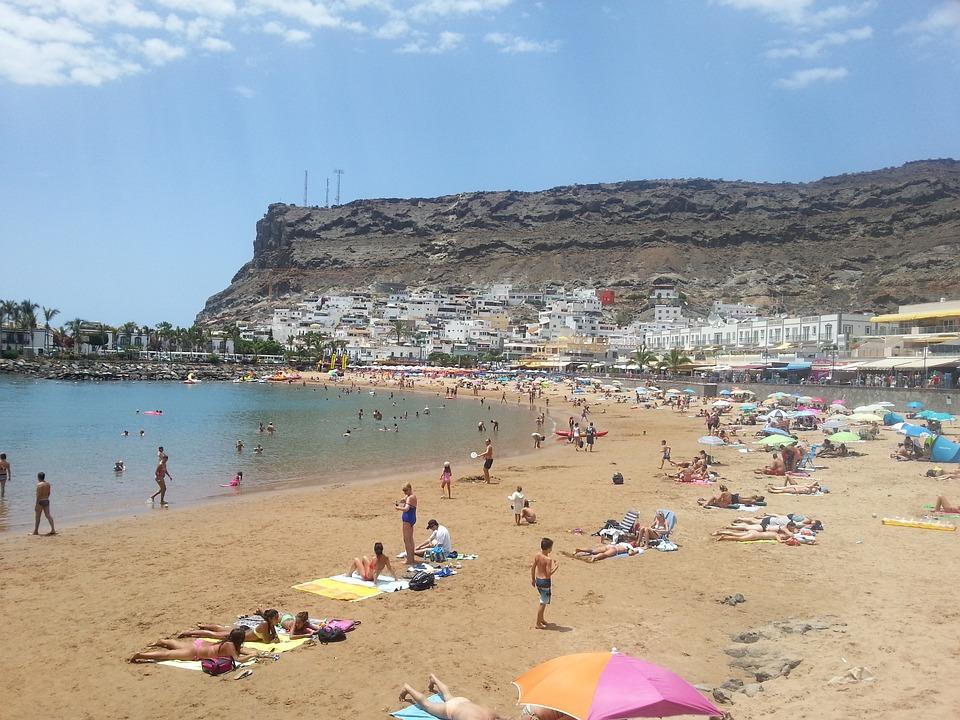 Puerto De Mogan, Gran Canaria, Beach
