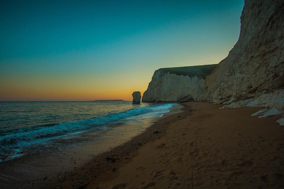 Durdle Door, Limestone Arch, The Ocean, Beach, Reef
