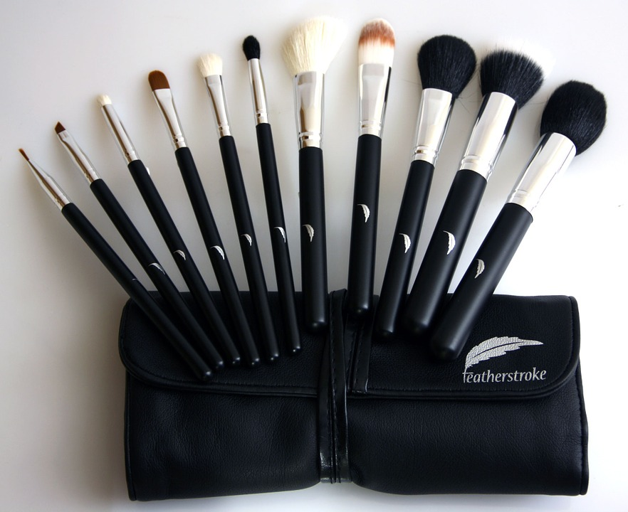 Free photo Beauty Makeup Brush Fashion Makeup Brushes - Max Pixel