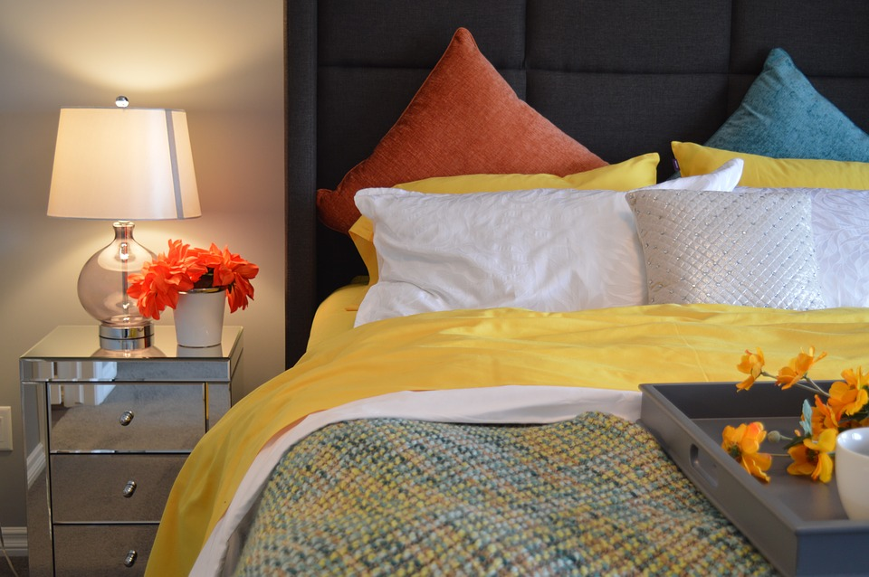 Bed, Bedroom, Lamp, Bedside, Pillows, Lighting