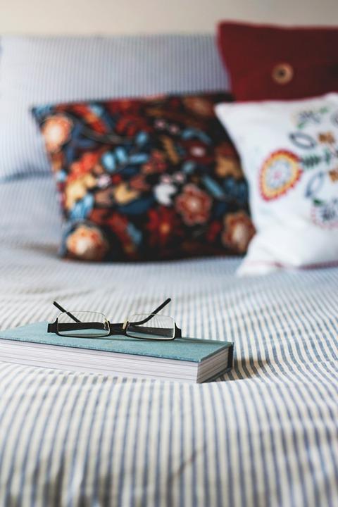 Bedroom, Bed, Sheet, Pillow, Comforter, Comfort, Relax