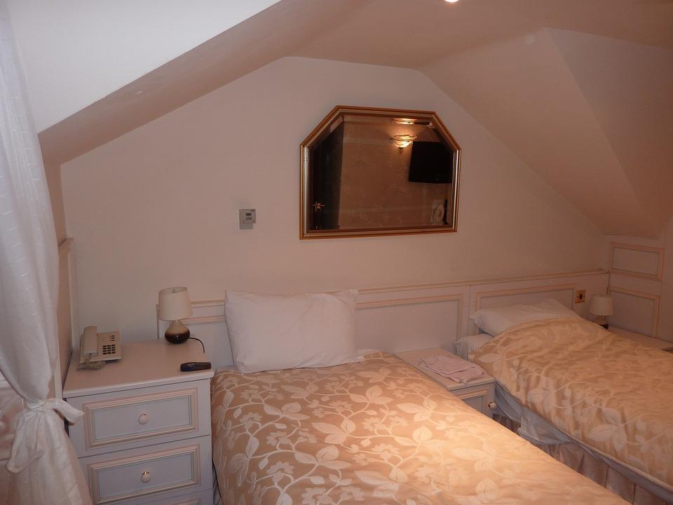 Bedroom, Beds, Hotel, Room, Mirror, Brown Bed