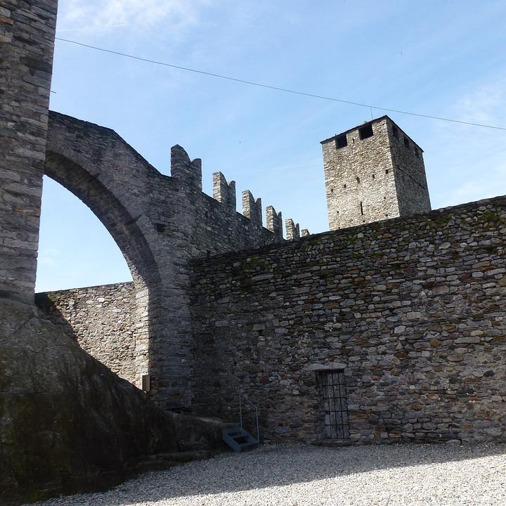 Castelgrande, Bellinzona, Castle, Middle Ages