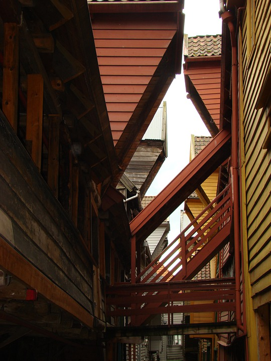 Bergen, Red, Angles, Shadows, Wood