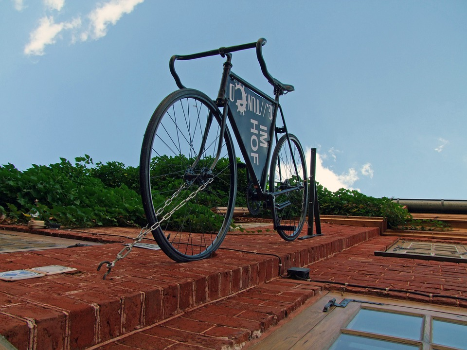 Bike, Hauswand, Housewife, Masonry
