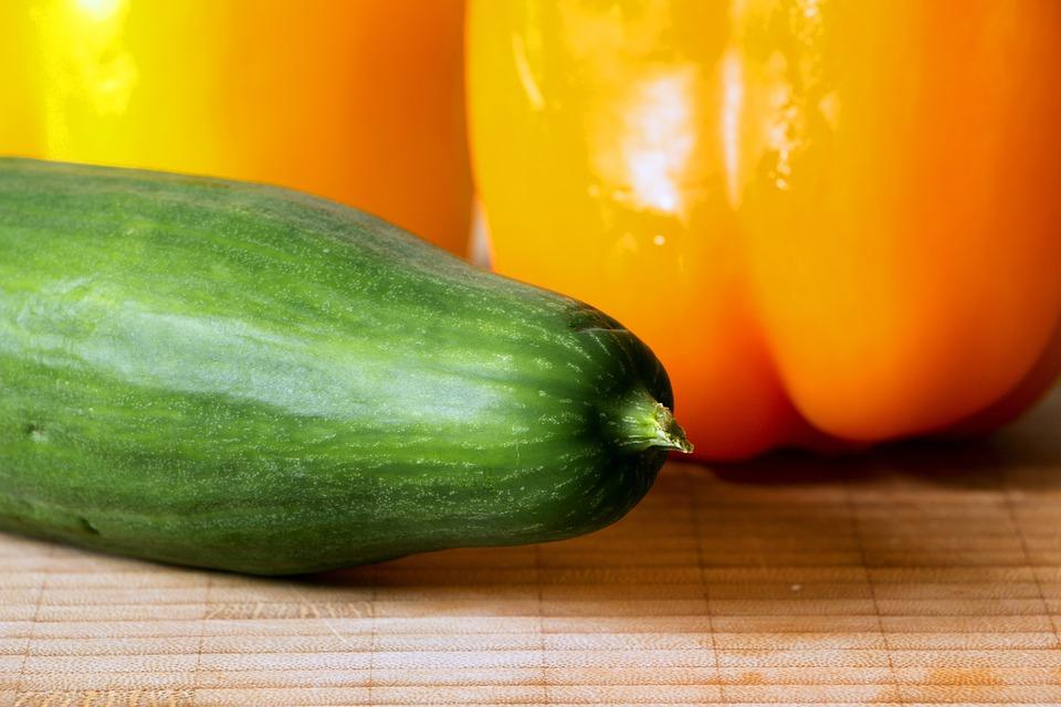 Cucumber, Paprika, Vegetables, Cutting Board, Food, Bio