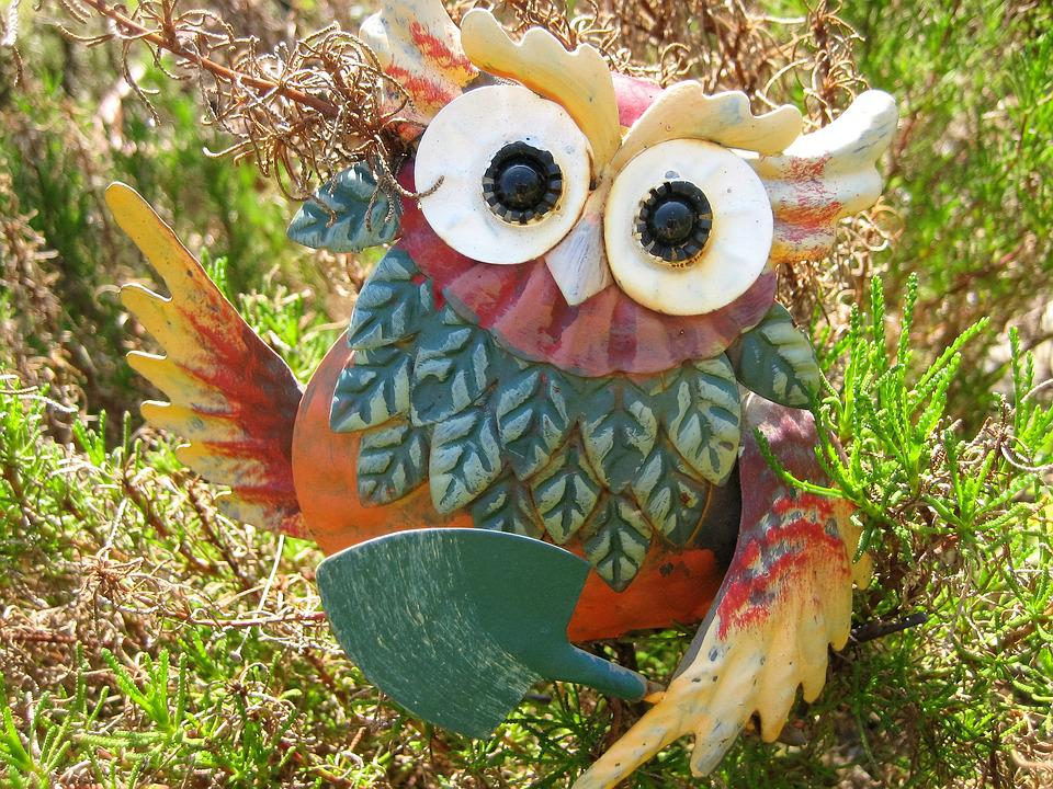 Free photo Bird Figure Owl Close Feather Funny Garden Deco Max Pixel