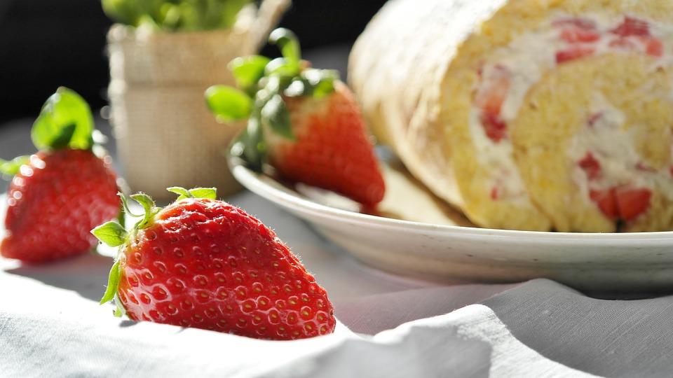 Strawberry, Strawberry Cake, Bisquit, Bisquitrolle