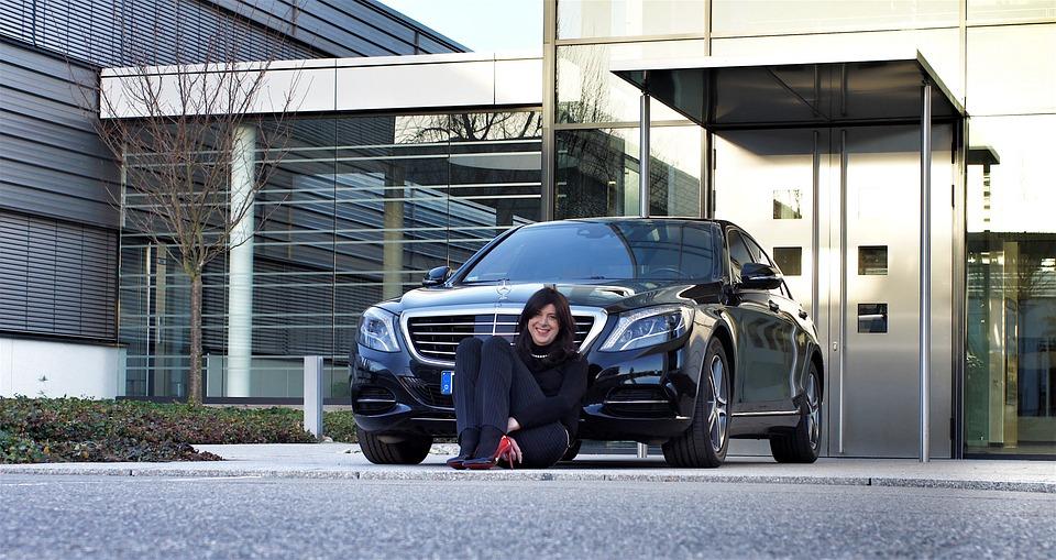 Businesswoman, Mercedes, Black, Shiny, Design, Auto