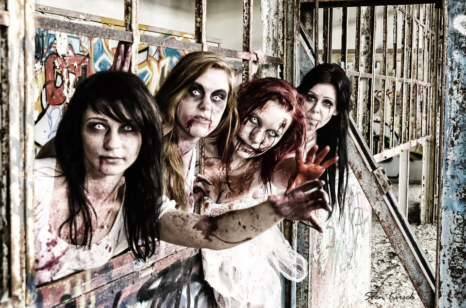 Zombies, Undead, Monster, Horror, Woman, Female, Blood