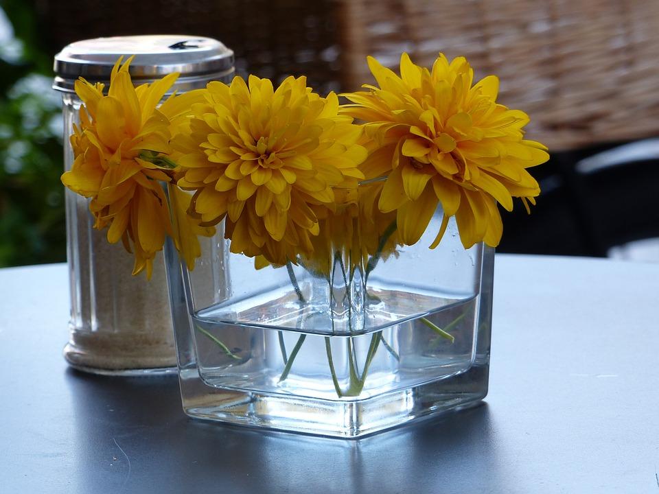 Nice Ambience, Table Flowers, Blossom Sugar
