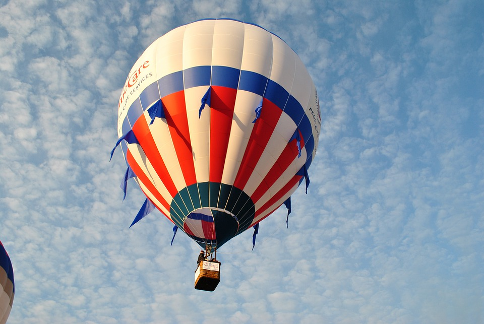 Flying, Hot Air Balloon, Balloon, Red, White, Blue