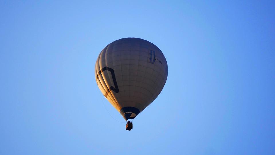 Hot Air Balloon, Sky, Flying, Balloon, Blue Sky, Travel