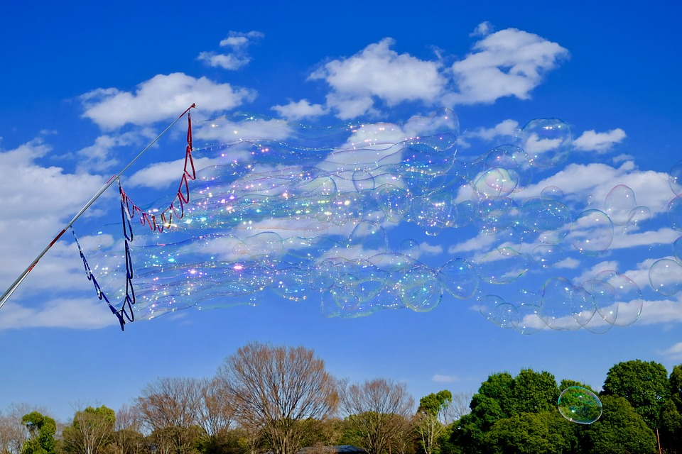 Soap Bubble, Blue Sky, Fine Weather, Park, Lightning