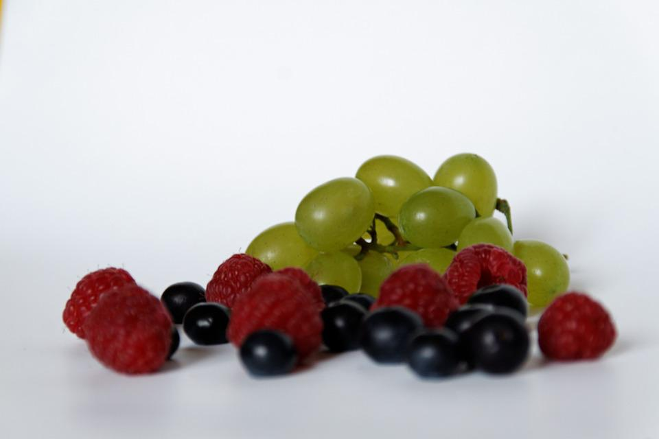 Blueberries, Raspberries, Grapes, Fruit, Healthy