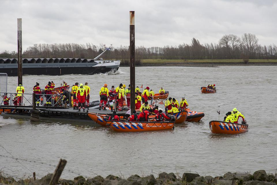 Lifeboats, River, Boat, Lifeboat, Ship, Rescue