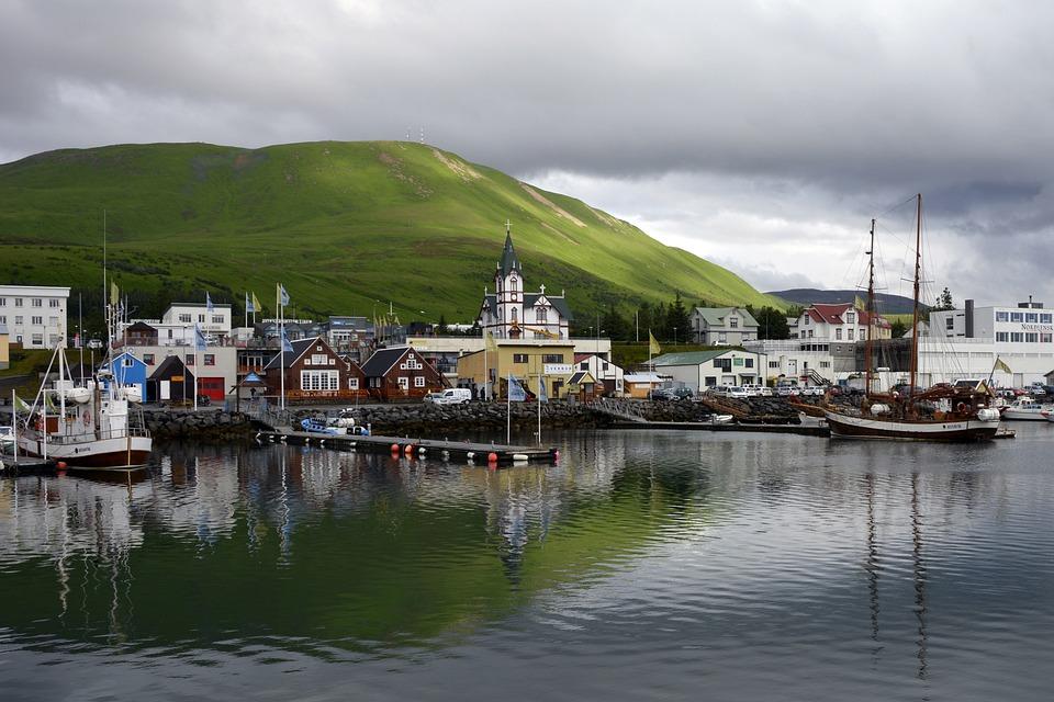 Húsavík, Port, Sea, Coast, Bank, Sailing Ships, Boats