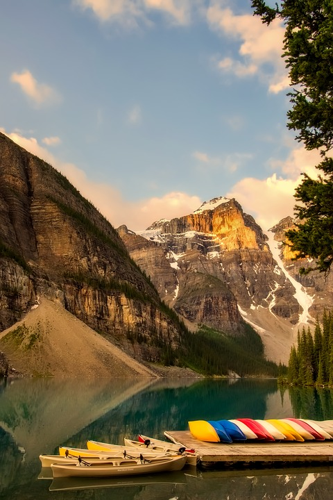 Moraine Lake, Boats, Canoes, Mountains, Canada, Tourism