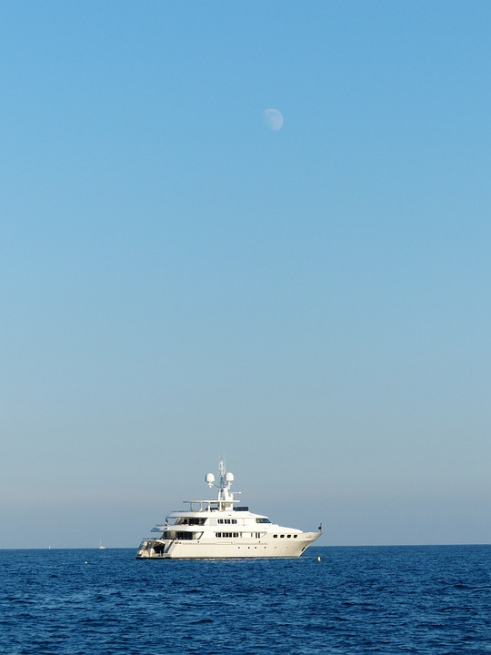 Racing Boat, Speedboat, Yacht, Moon, Water, Ocean, Boot