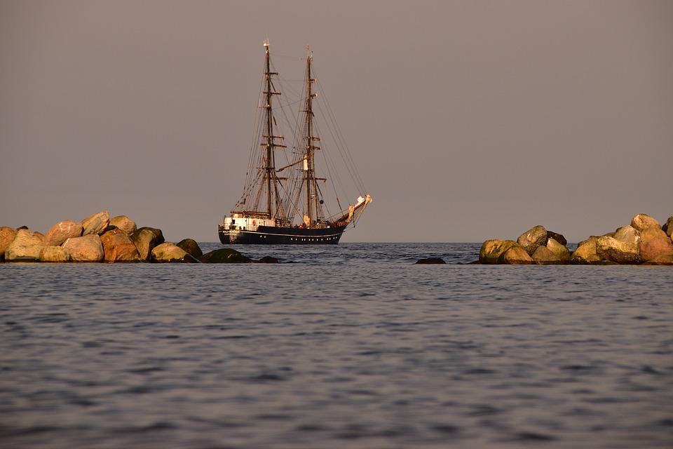 Sea, Ship, Sail, Evening Sun, Water, Boot