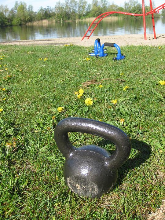 Kettlebell, Bootcamp, Outside Train