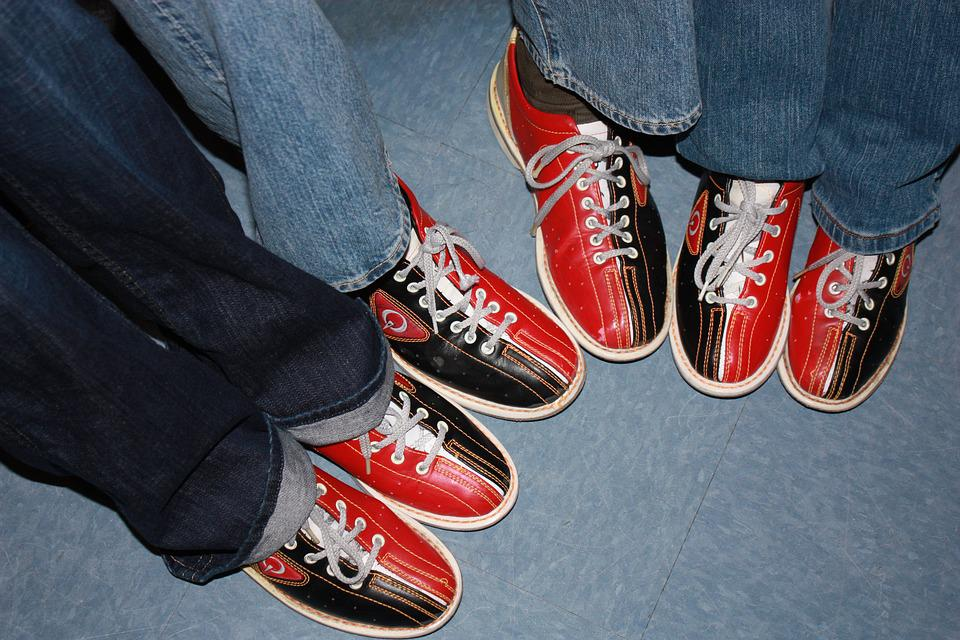 Bowling Shoes, Red, Black, Friends