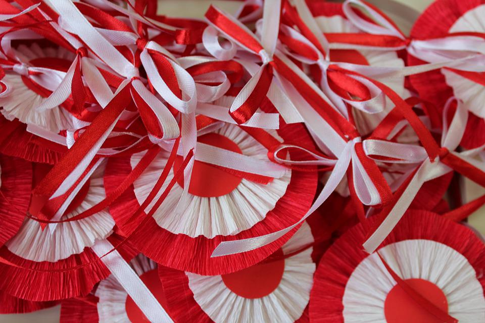 White-red, 11 Nov, Bows, Independence Day