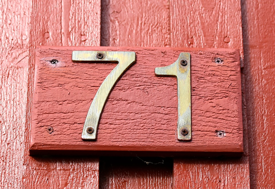 Facade, Number, House Numbers, Wood, Brass Figures, 71