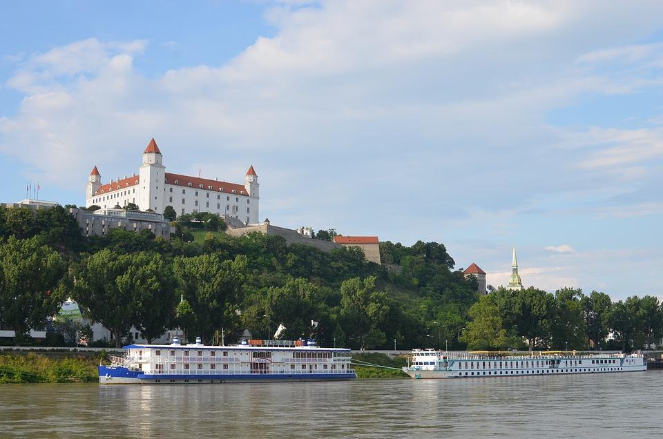 Bratislava, Bratislava Castle, Castle, Donau