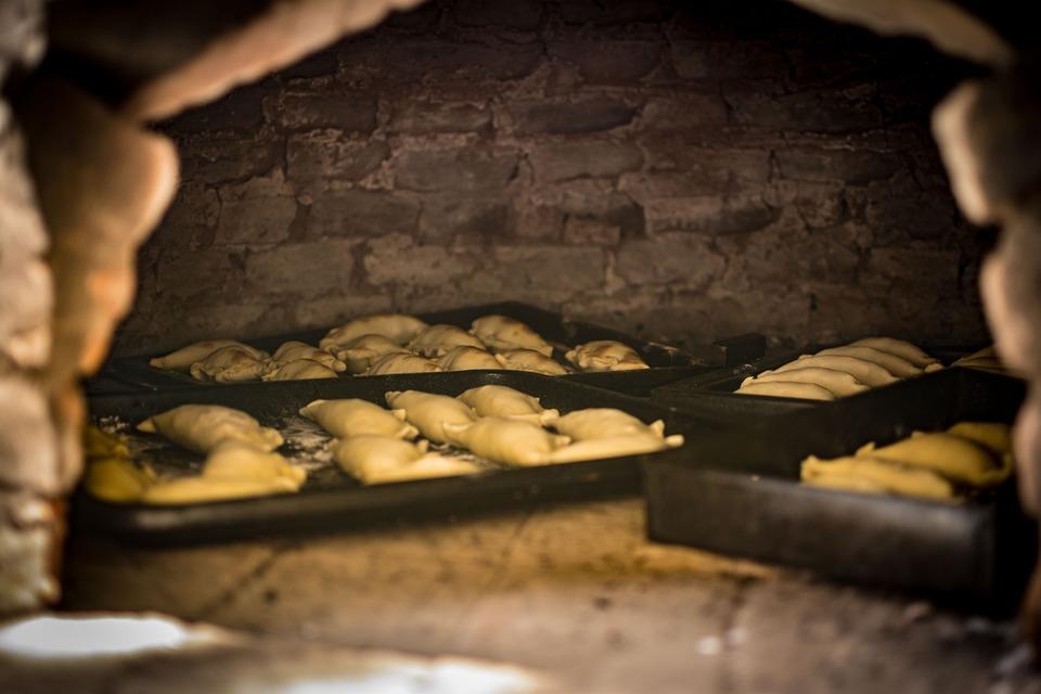 Empanadas, Oven, Brick Oven, Baking, Cooking, Tucumán