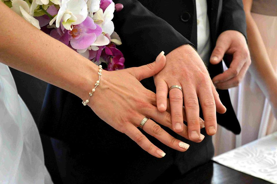 Free photo Bride And Groom Hands Wedding Before Wedding Rings Max