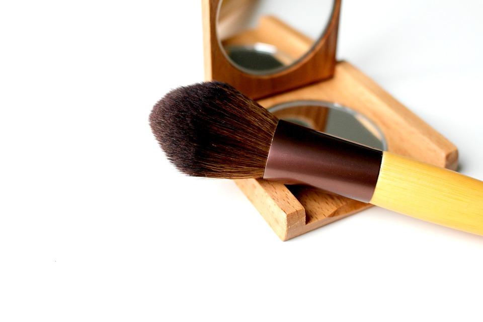 Brush, Cosmetics, Makeup, Applying, Make Up, Bristles