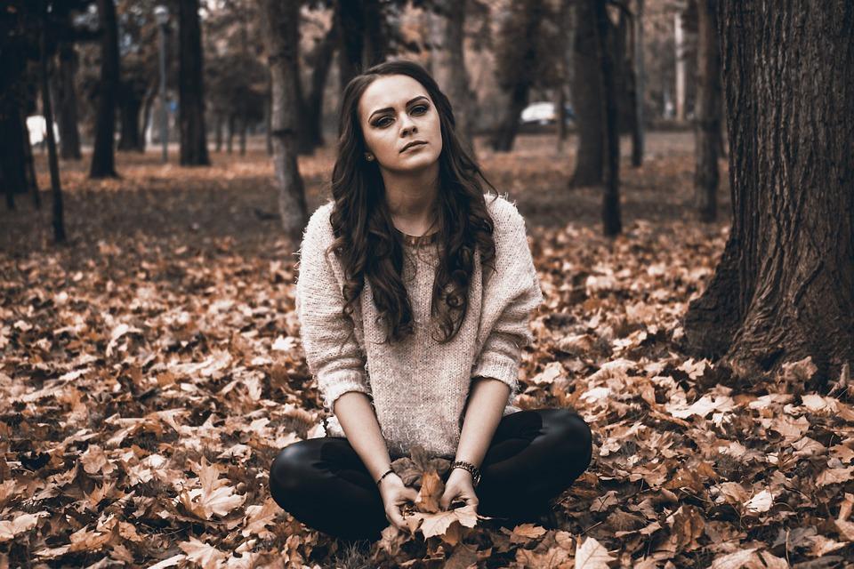 Sad, Girl, Sadness, Broken Heart, Suffer, Moody, Autumn