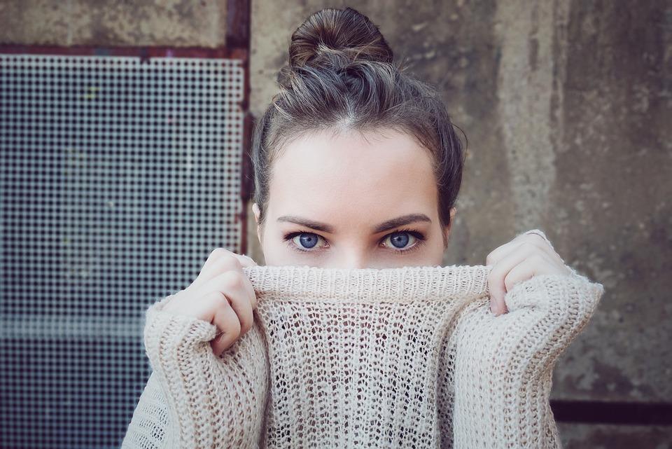 Woman, Knitwear, Eyes, Face, Head, Hairstyle, Brunette