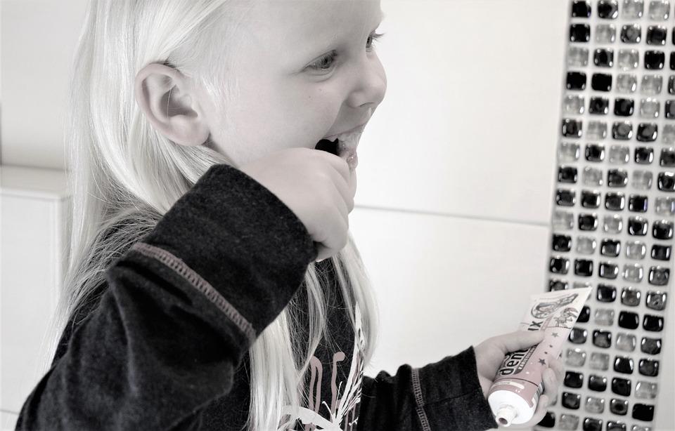 Girl, Tooth, Brushing Teeth, Treat Teeth, Dentistry